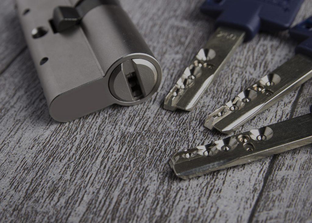 HIGH SECURITY LOCK, PICK FREE, multlock, multlock cyllinder,